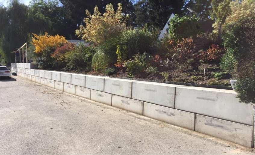 Betonblock Gartenbau klein